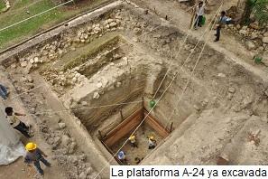La plataforma A-24 de Ceibal ya excavada