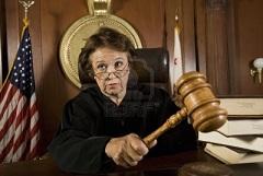 Una juez y su martillo