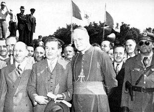 Maurice-Duplessis-encontro-un-gran-aliado-en-la-Iglesia-Catolica-para-su-planes-con-los-huerfanos