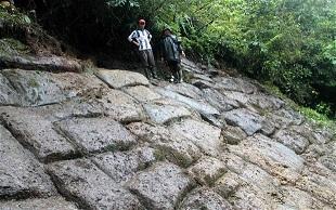 Formación rocosa en Ecuador por Atahualpa 4