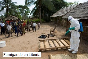 virus ebola fumigando en Liberia