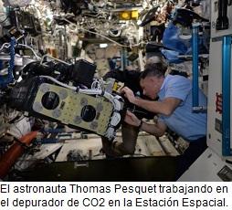 astronauta-en-la-iss